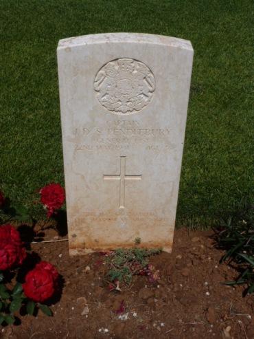 John Pendlebury's grave CWGC in Souda Bay