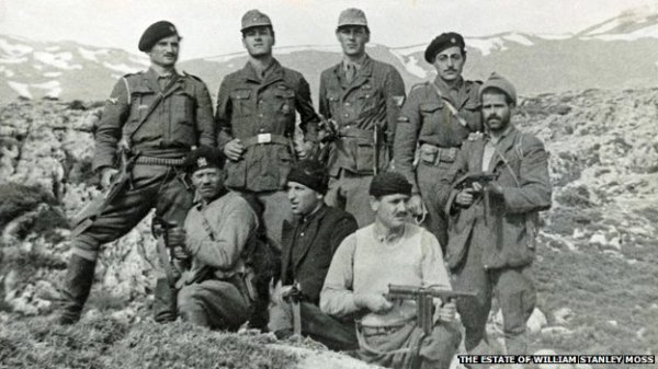 The abduction party, 28 April 1944 (Leigh Fermor standing second from left in German uniform)