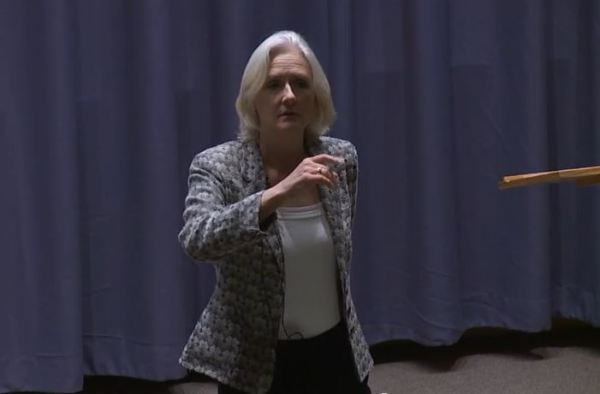 Artemis Cooper presenting the 2014 Stavros Niarchos Foundation lecture