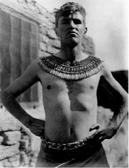 John Pendlebury at Knossos